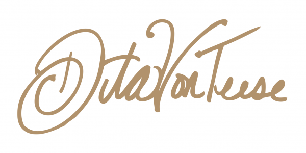 DVT LOGO for MT gold 600x300 - DITA VON TEESE
